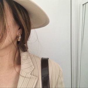 Gold Hoop Earrings 🍂
